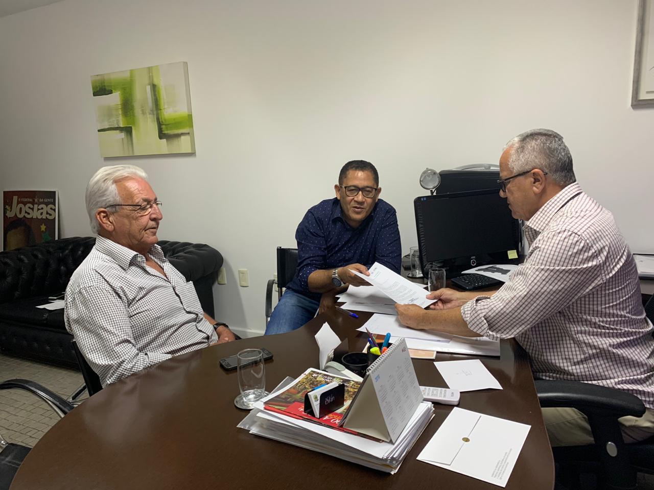 Deputado Josias Gomes E Prefeito De Jiquiriçá Debatem Ações Para Beneficiar O Município