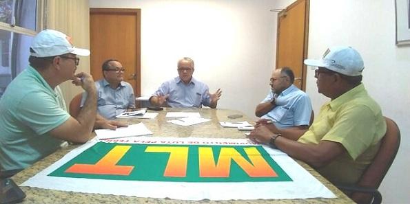 Dirigentes Do Movimento De Luta Pela Terra (MLT) Apresentam Suas Demandas Na SDR