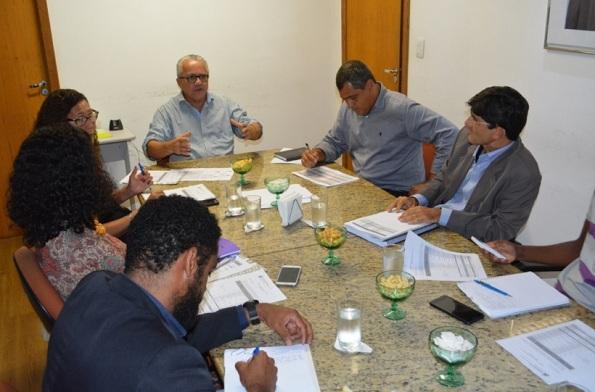 Secretário Josias Gomes Debate Na SDR Ações De Apoio Aos Agricultores Familiares