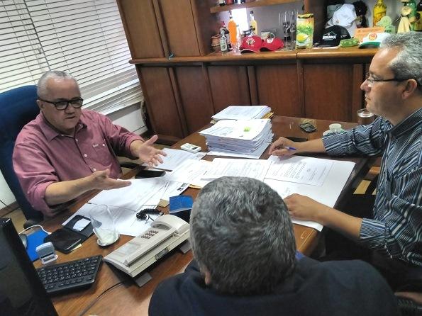 Deputado Fabrício Falcão E Vereador Professor Cori Recebidos Em Audiência Por Josias Gomes
