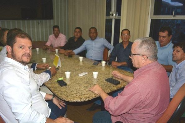 Belo Campo: Secretário Josias Gomes Debate Com O Prefeito Ações Do Estado No Município