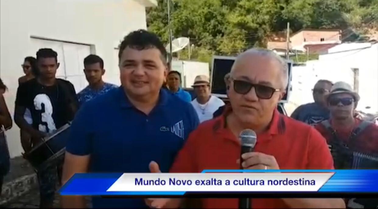 Ônibus Do Forró Alegra Mundo Novo!