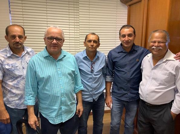 Lideranças Políticas De Andorinha Participam De Audiência Com O Secretário Josias Gomes