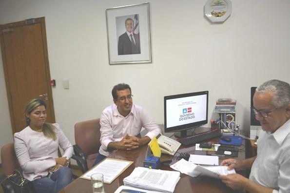 Prefeita De Sento Sé Participa De Audiência Com O Secretário Josias Gomes
