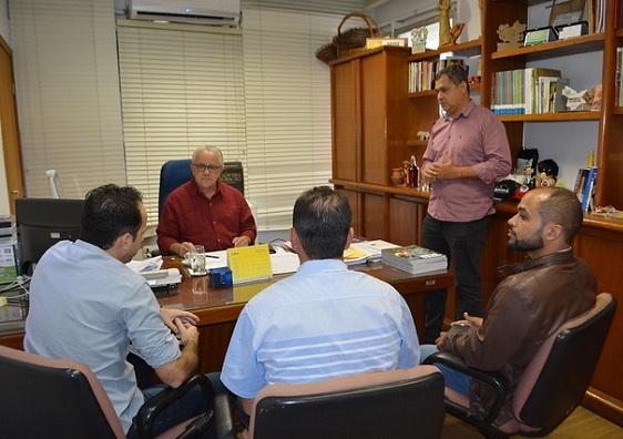 Secretário Josias Gomes Se Reúne Com Prefeito E Vereadores De Brejões