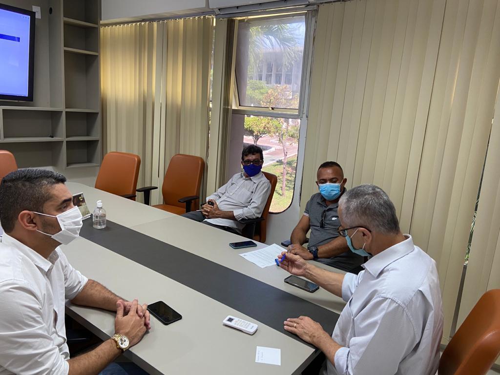 Lideranças De Jeremoabo Participam De Audiência Com O Secretário Josias Gomes